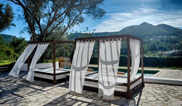Yoga-Reading-Yoga Holiday in Ibiza-retreat-002